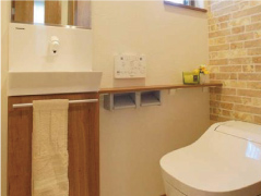 ●手洗いキャビネット手洗い付1階トイレ